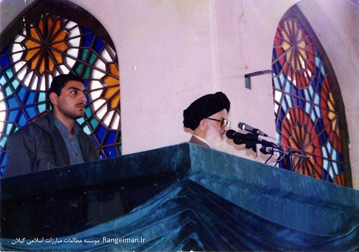 آیت الله سید موسی حجتی در حال ایراد خطبه های نماز جمعه رشت