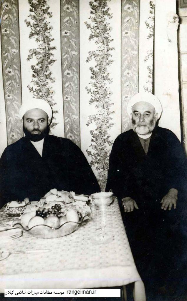 از راست حجت الاسلام موسی یکتا و پسرش حجت الاسلام عبدالعظیم یکتا