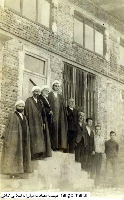 روحانیون از راست صدیق عربانی، حاج آقا موسی یکتا، جمشید خیرخواه، عظیم یکتا- مسجد جعفری صومعه سرا