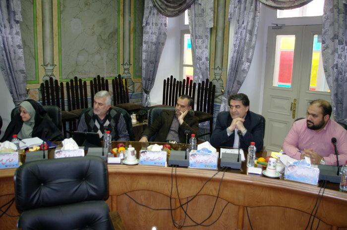 از راست نفر دوم مظفر نیکومنش نودهی، محمدحسین واثق کارگرنیا، محمود باقری خطیبانی و فاطمه قدیمی