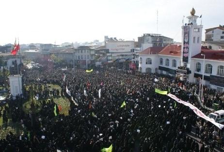 تظاهرات باشکوه مردم در ۸ دی سال 1388 و مخالفت با سران فتنه و فتنه گران.
