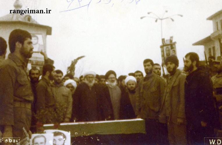 ۳۰نماز بر پیکر شهدا توسط آیت الله احسانبخش - در سال۱۳۶۲